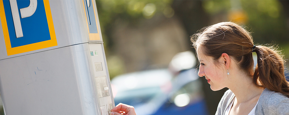 Smart Parking Meter with Flexible Light Pipe – Case Study